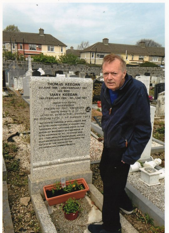 Joe Keegan at Mairan Keegan's graveside.